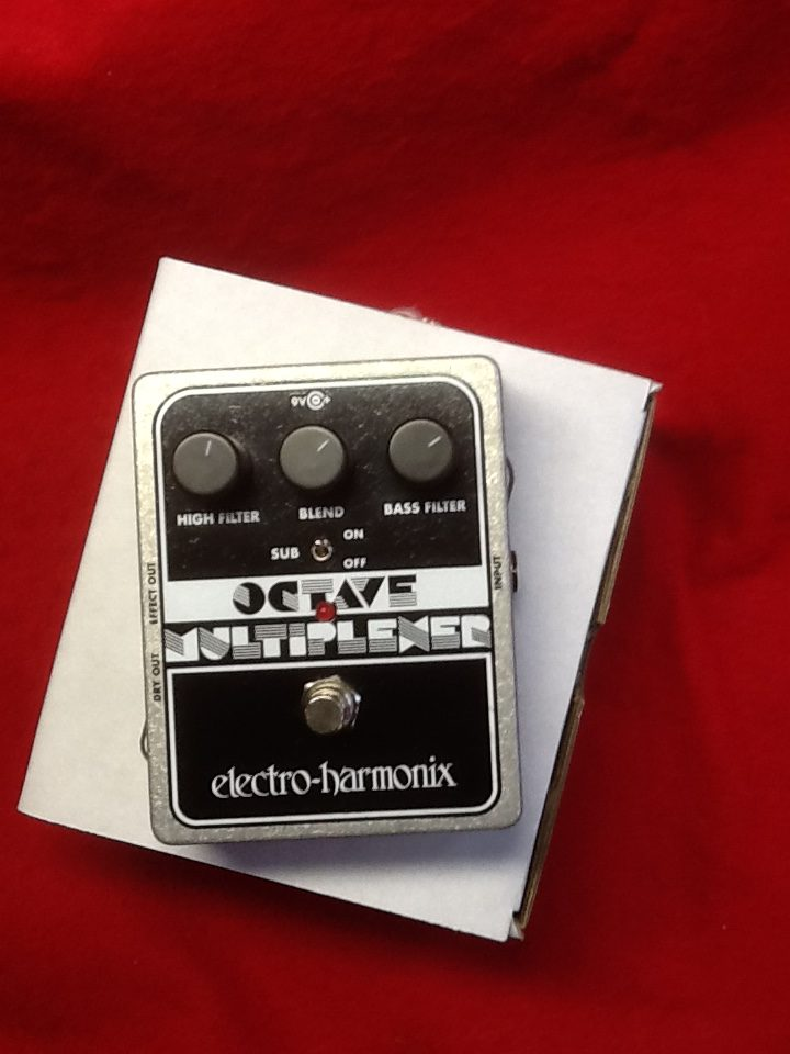 electro harmonix octave multiplexer pedal new rockhaus guitars and drums milwaukee. Black Bedroom Furniture Sets. Home Design Ideas